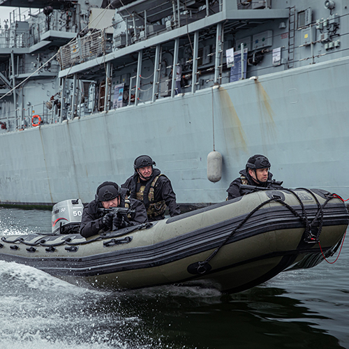 millitary-inflatable-boats-1