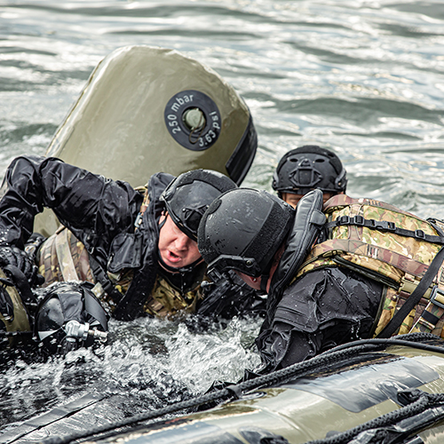 millitary-inflatable-boats-4